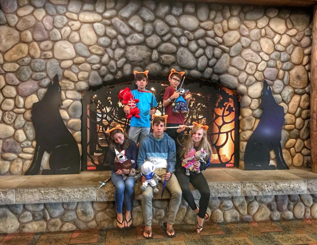 Great Wolf Lodge Fireplace